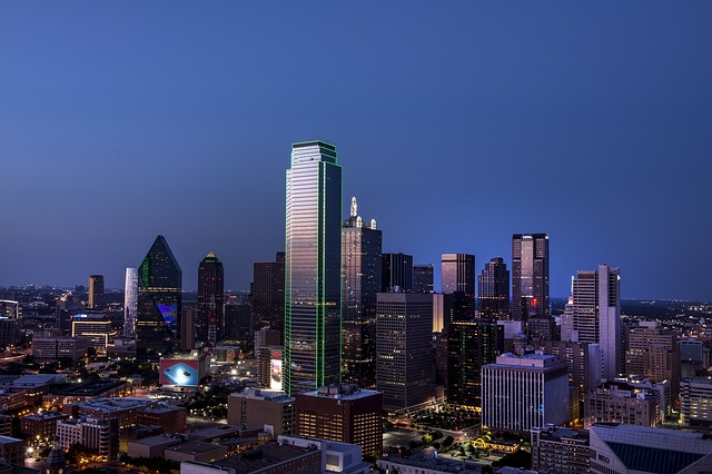 Short-term, small-money loans take shape in Dallas.