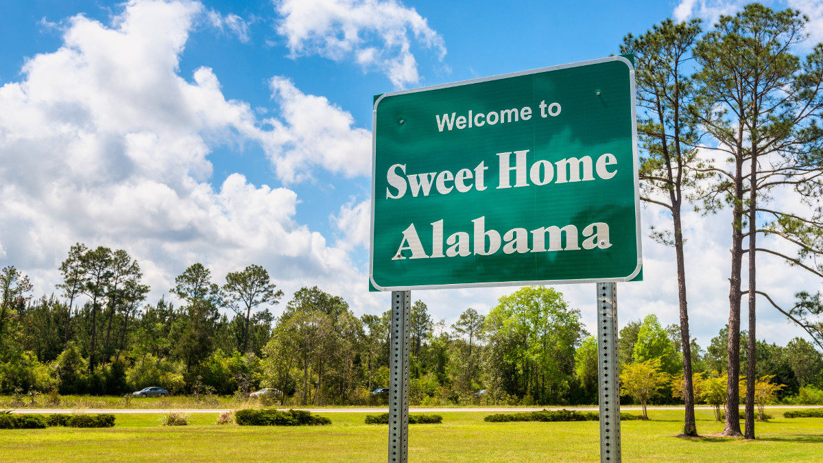Welcome to Alabama's tax-free holiday savings.